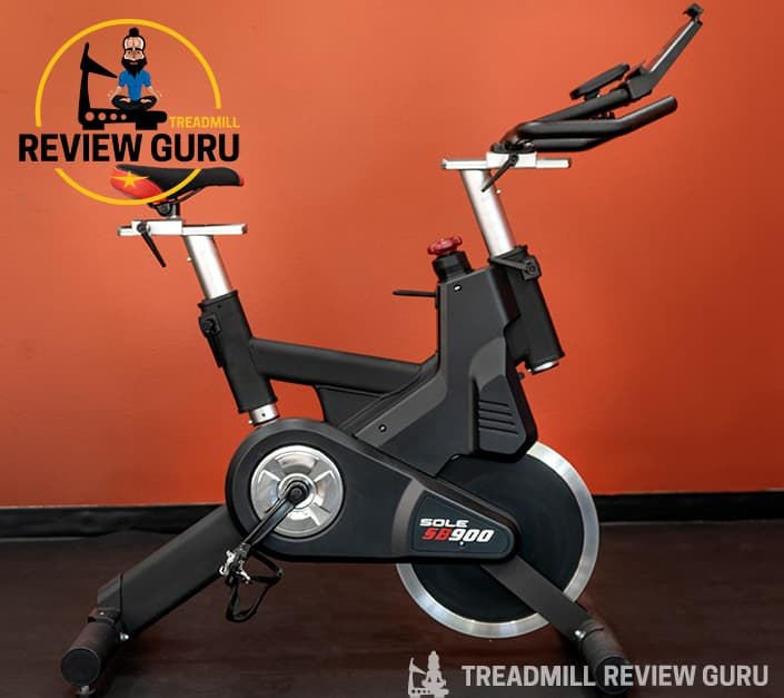 Sole SB900 Exercise Bike Review 2021