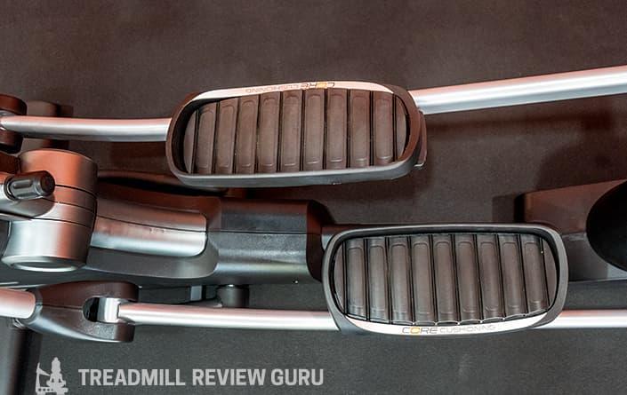 NordicTrack SE9i Elliptical pedals
