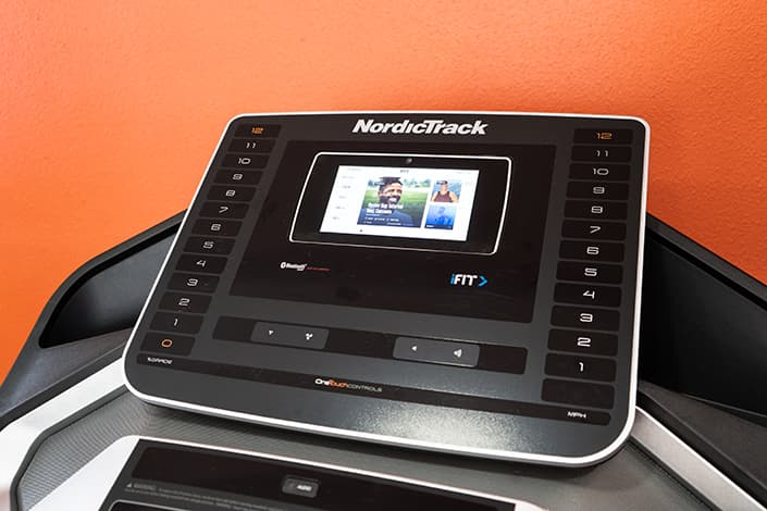 Nordictrack EXP7i touchscreen