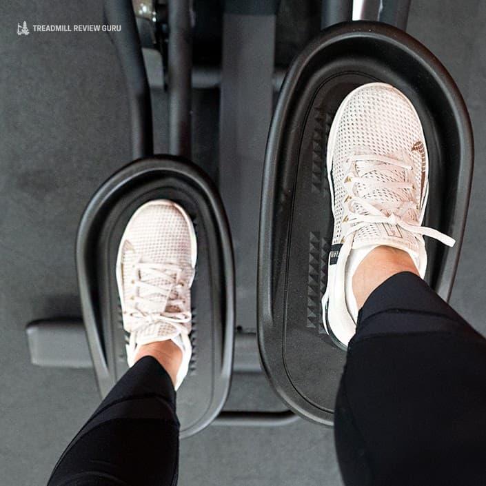 Sole Cardio Climber CC81 pedal size